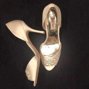 Badgley Mischka peep-toe wedding pumps